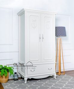 Queen Anne Wardrobe